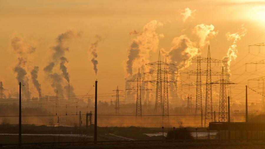 https://www.pexels.com/photo/air-air-pollution-climate-change-dawn-221012/